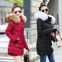 пальто с капюшоном для женщин оптовых-зимняя куртка женская женская пальто 2018 женщина куртка с длинным рукавом Худ тонкий согреться меховой воротник белый манто Femme hiver Y1891707