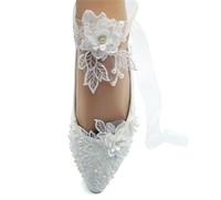 pantoffeln für hochzeitsfeier großhandel-Handgefertigte flache Band-Spitze-Blumen-Brautschuhe zeigten Zehe-Hochzeitsfest-Tanzen-Schuhe Schöne Brautjungfern-Schuhe Frauen-Ebenengröße EU35-43