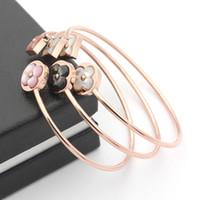 pulseira de trevo de ouro rosa venda por atacado-316l titanium aço banhado a ouro rosa manguito pulseira / pulseira acessórios para mulheres trevo trevo jóias