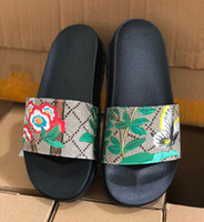 Wholesale flower green heels online - Designer Rubber slide sandal men flip flops slipper women Blooms flower striped causal slipper Beach Flip Flops with Original Box US5