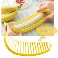 легкий нож для резки фруктов оптовых-Банан Slicer резак измельчитель измельчитель фруктовый салат овощечистка кухня инструмент легко вырезать легко чистить