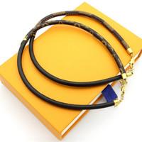 demi collier ras du cou achat en gros de-Motif de fleurs en cuir véritable collier tour de cou pour les femmes moitié noir et moitié collier à carreaux bijoux de mode de style de parti