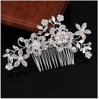 Wholesale hot trendy wedding dresses online - 2018 international classic hot comb Bridal water drill pearl headwear Wedding dress accessories Color white
