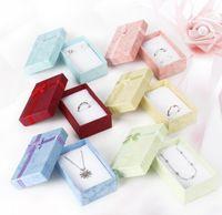 anhänger halsketten armbänder ohrringe ringe groihandel-5 * 8 * 2,5 cm Mode für Charms Perlen Geschenkbox papier Verpackung für Anhänger Halsketten Ohrringe Ringe Armbänder Schmuck