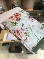 lenços de seda venda por atacado-Alta qualidade 2018 mulher lenço de seda lenço quadrado xale Wraps 180 * 90 cm Venda quente ponto lenço de cetim xadrez impresso para primavera verão outono inverno