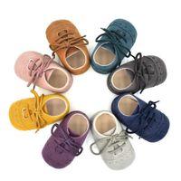 chaussures de marche pour bébé achat en gros de-10 Pcs Mix Couleur En Gros Nouveau-Né Bébé Fille Garçon Doux En Cuir De Nubuck Prewalker Anti-slip Toddler Mocassins Chaussures Première Marche Chaussures