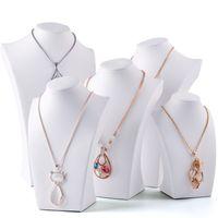 ingrosso busti di pelle-Collana in ecopelle bianca a forma di collo alto per espositori a catena a forma di collo per vetrine espositive per espositori