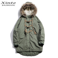 пуховая шуба оптовых-2017 Men  Winter Jackets Cotton Padded Coat with Fur Trim Hood Loose Outwear Parkas Horn Button Christmas Gift