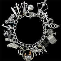 ingrosso braccialetto d'argento del lupo-12pcs Teen Wolf ha ispirato il braccialetto di fascino tono argento