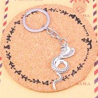 schlange keychain großhandel-Keychain König Kobra Schlange Anhänger DIY Männer Schmuck Auto Schlüsselanhänger Ring Halter Souvenir für Geschenk