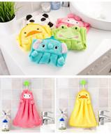 pañuelos de toalla al por mayor-2108 Animal lindo Pañuelo de microfibra Niños sanos Niños de dibujos animados Mano de secado rápido Toalla Cuidado del bebé Encantador Suave Cómodo Hanky