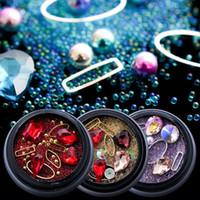 ingrosso pietre decorative-Strass in metallo per unghie artistiche Decorazioni di scintillio Design non Hotfix pietre Diamante AB Colore di diverse dimensioni Forma gioielli