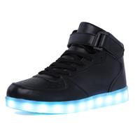 sneakers frauen männer led licht groihandel-AdultKids Jungen und Mädchen High Top LED Leuchten Schuhe Glowing Sneakers Luminous Sole Sneakers für WomenMen