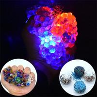ingrosso rete di oscillazione-Luminescence Grape Decompression Ball Slow Swing Bead Squishy Mesh Sfera di cristallo Sfiato Jelly Balls Tricky Toys Nuovo arrivo 1 9ko W