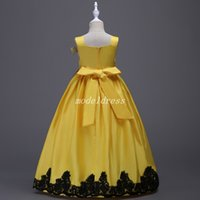 Wholesale cosplay sweet resale online - Sweet Flower Girl Dresses Square Floor Length Appliques Sash Bow Cosplay Wear Child Birthday Party Gowns Girls Pageant Dress In Stock Cheap