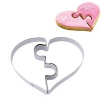 плесень любовь оптовых-2pcs/set Heart Cookie Molds Left Right Heart Shape Cookie Cutter Funny Love Puzzles Romantic Cookies Mold GI897265