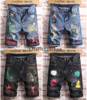parche pantalones chicos al por mayor-Hello528shop verano moda pantalones cortos de mezclilla de los hombres pantalones finos parches pantalones vaqueros agujero para hombres niños longitud de la rodilla negro azul