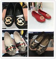 Wholesale brand cc online - tb designer shoes women Luxury brand mk Summer Casual shoes flat heels Fashion Bow glittler shoe Round Toe Soft soles women cc