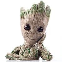 bebek avengers figürleri toptan satış-Avengers 3 Moda Galaxy Saksı Bebek Groot Aksiyon Figürleri Guardians sevimli Model Oyuncak Kalem Pot Süsleme Çocuklar Için En Iyi Yılbaşı Hediyeleri
