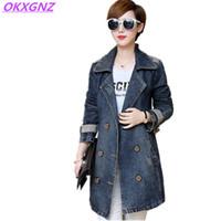 orta boy kostümler toptan satış-OKXGNZ Artı Boyutu 5XL Kadınlar Kovboy Coat Tops 2017 Bahar Kore Kostüm Gevşek Eğlence Orta uzun Denim Rüzgarlık Jacke AH136