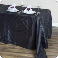 335 beyaz toptan satış-Ucuz fiyat 10 adet 228 cm * 335 cm Ücretsiz kargo Pintuck Tafta masa örtüleri kafes Dikdörtgen Siyah renk masa ziyafet için ziyafet