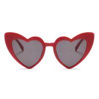 ingrosso occhiali da sole sole forma-Love Heart Occhiali da sole per donna 2018 Fashion Cat Eye Occhiali da sole Black Pink Red Heart Shape Occhiali da sole per uomo Uv400