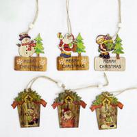 ingrosso ornamenti diy crafts-New Creative Painted Mini House Natale Pendenti in legno Xmas Tree Ornaments DIY Artigianato in legno Decorazione festa di Natale Tag Regalo per bambini
