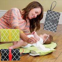 bolsa de momia multifunción al por mayor-Bebé multifunción cambia almohadillas esteras plegable pañal cambiador de pañales estación de cambio de viaje impermeable bolsa momia C3814