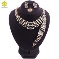 sistemas de la joyería de cristal de la boda al por mayor-Dubai nupcial conjuntos de joyas de cristal de color oro conjuntos de joyería de la boda collares pendientes pulsera anillo de joyería de las mujeres