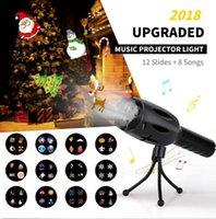 pil müzik oyuncak toptan satış-Müzik LED Projektör Feneri 8 Şarkılar 12 Slaytlar Pil Kumandalı LED Noel Kar Tanesi El Feneri Lambası Noel Oyuncaklar OOA5939