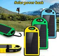 banco de energía para teléfonos celulares al por mayor-50000mAh Banco de energía solar a prueba de choques, a prueba de polvo, a prueba de polvo, batería de energía solar portátil, para el teléfono móvil iPhone 8 7Plus Samsung s8