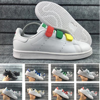 zapato con hebilla para hombre al por mayor-2018 Amantes Stan Smith Hombres Zapatos de mujer Zapatos clásicos Alta calidad HOOk LOOP Buckle Scarpe semáforo Pink Casual Leather Sport Sneakers