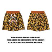 strandhose für kurze frauen großhandel-Heißer Sommer neue Liebhaber Camo Orange Shorts Hosen Männer Frauen Shark Print Camo Beach Shorts Größen M-2XL