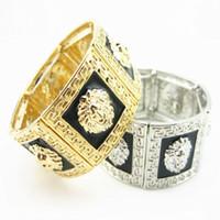 ingrosso braccialetti di diamanti neri-Medusa Men Lion Pendant Necklace Bracciale in oro nero placcato oro lega di diamanti Gioielli moda per uomo Collana Hip Hop