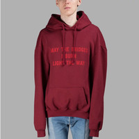 roter kapuzenmantel großhandel-Vetements Übergroßen Roten Hoodie Männer Frauen Fashion Runway Hoodies Paare Hip Hop Oberbekleidung Pullover Mit Kapuze Sweatshirt Jacke Mantel YYF1124