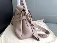 luxus python handtaschen großhandel-Europäische klassische Stil Luxus Paris zoshow neue Handtasche Mode Niet Taschen Handtasche Party Tasche aus Leder Leder Leder cool Python