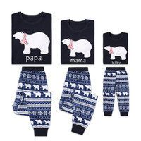 ropa de bebé de navidad osos al por mayor-Cute Bear Family pijamas de navidad trajes de Navidad para niños ropa Homewear ropa de dormir Nieves PAPA MAMA BEBÉ imprimir 2019 Nueva venta al por mayor
