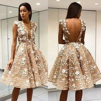 Wholesale adorable blue prom dresses - Adorable Champagne Flora 3D Appliques Arabic Homecoming Dresses A Line Sleeveless Backless Knee Length Prom Evening Gowns Cocktail Dress