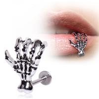 piercing labio pendiente al por mayor-Lip Stud Pendiente Esqueleto Mano Oreja Cuff Piercing Anillo Bar Joyería 1 unids Garra Lip Ring Moda Cuerpo Accesorio G613S