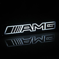 tampas de plástico venda por atacado-1 pcs AMG Emblema Emblema Etiqueta Led Grelha Frente Frente Para Mercedes Benz frete grátis