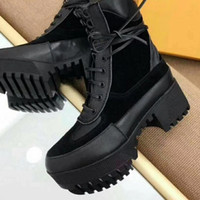 Hot selling Newest Genuine Leather Cowboy Boots Luxury Brand Women's Boots fashion Designer Printed letter flower leather Half Boots size 35-41 with Box