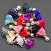 gros talon en gros achat en gros de-30mm bonnet de perles gland fleur daim en gros bracelet collier boucle d'oreille charme pendentif satin glands pour les résultats de fabrication de bijoux bricolage (10pcs / lot)