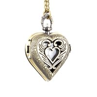 старинные часы оптовых-Мода Мужчины Женщины старинные кварцевые карманные часы сплав выдалбливают любовь Сердце свитер цепи ожерелье кулон часы подарки LXH