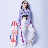 caz hip hop dans pantolonları toptan satış-Caz Kostüm Hip Hop Giysileri Kızlar Için Mor Kapşonlu Üst Siyah Yelek Beyaz Pantolon Sokak Dans Giyim Performans Giyim DNV10426