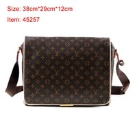 Wholesale cross dressing males - 2018 Famous Brand Leather Men Bag Briefcase Casual Business Leather Mens Messenger Bag Vintage Men's Crossbody Bag bolsas male wallets A005