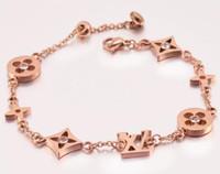 bracelet en trèfle de diamant achat en gros de-Mode diamant trèfle à quatre feuilles gadgets couture bracelet marée femme titane acier hypoallergénique main bijoux cadeau d'anniversaire