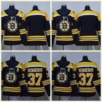 2019 Winter Classic Jersey Boston Bruins Toews DeBrincat Patrick Kane  Seabrook Crawford Pastrnak Bergeron Women hockey Jerseys 008a12eb2