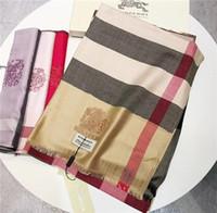nuevas hermosas bufandas al por mayor-Nuevo estilo de moda bufanda de algodón a cuadros 5 colores, hermoso y elegante invierno cálido, adaptarse a los hombres y mujeres de la marca de alto grado.