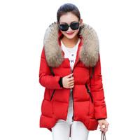 chaqueta coreana para mujer al por mayor-Para mujer chaqueta de invierno 2016 nuevo coreano cuello de piel grande con capucha abrigo de invierno de las mujeres gruesas mujeres flojas flojas calientes Parka W029