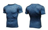 camisa de musculação venda por atacado-2018 homens quentes de manga curta de fitness basquete em execução esportes t shirt termal musculação musculação ginásio calças justas de compressão jersey jacket